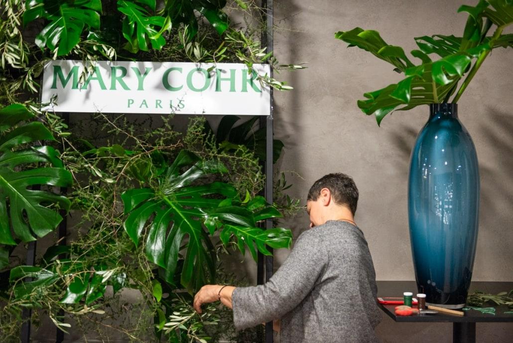 Rita Naujalienė dekoruoja Courtyard by Marriott Vilnius City Center viešbutį Mary COHR seminarui