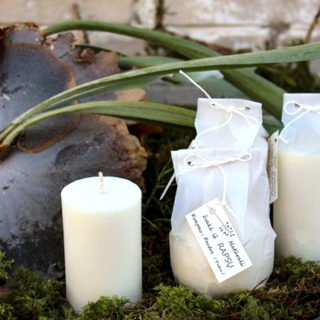Natūrali cilindro formos aromatinė žvakė iš rapsų