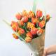 25-ios tulpės kovo 8-ai