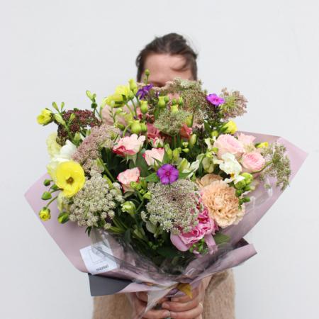 Pastelinės gėlės mamai